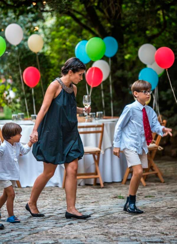 Boda con niños y globos